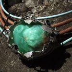 Камень хризопраз—свойства, магия, кому подходит имного фото